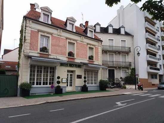 Hotel nice flore 2018 prices reviews photos vichy for Hotels vichy