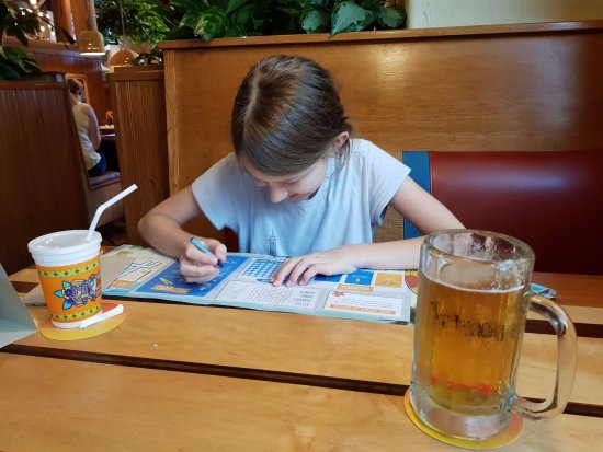 Islands Restaurant: Passing Time with the kids menue