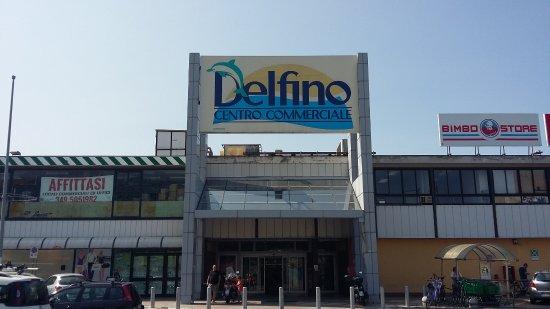 Centro Commerciale Delfino