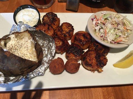 Hot fish club murrells inlet menu prices restaurant for Hot fish club murrells inlet south carolina