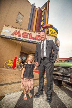 Batesville, AR: Melba Theater
