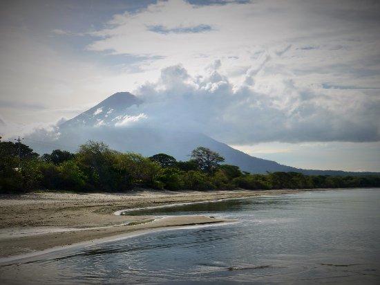Santa Cruz, Nikaragua: 350 meters from the beach