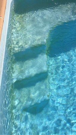 La Calahorra, Spanyol: La piscina