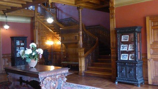 Milton, MA: Entrance hall