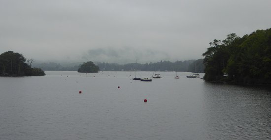Bowness-on-Windermere, UK: Lake Windermere in the rain