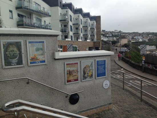 Tate Gallery St. Ives : Disappointed that we arrived after it has been closed for several weeks.