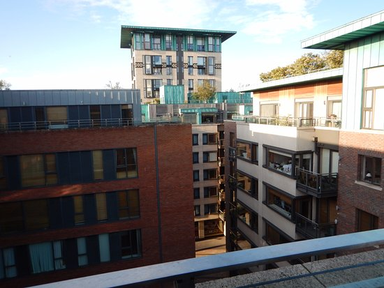 Vue de la chambre du 6e tage picture of maldron hotel for Chambre hote dublin