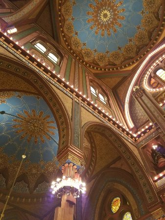 Plum Street Temple Ceiling