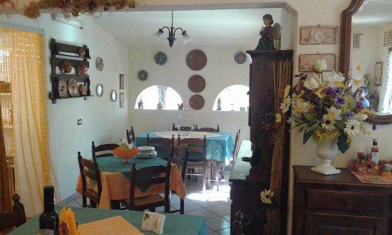 Ceriana, Italia: Interni