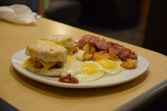 Perkins Restaurant & Bakery: very tasty eggs