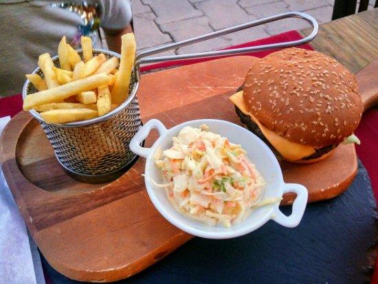 Big Reds Steakhouse: Hamburguer