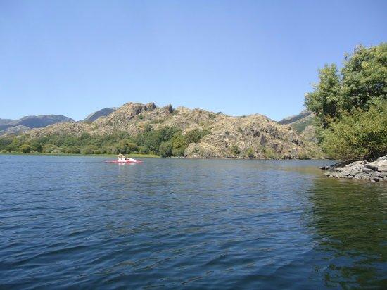 Parque Natural Lago de Sanabria: Outra vista do lago