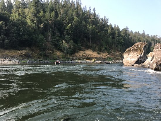 Ashland, OR: One of the million beautiful spots we floated!!