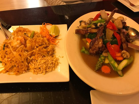 Anong 39 s thai cuisine asian restaurant 210 5th st in for Anong thai cuisine