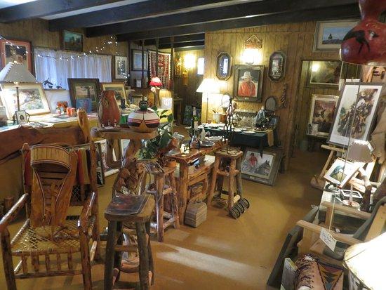 Springerville, AZ: More Than A Gift Shop and Bookstore