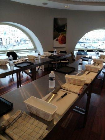 Img 20170909 090538 picture of une table au - Restaurant une table au sud marseille ...