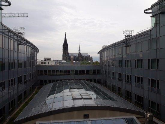 Dorint Hotel am Heumarkt Koln: This is actual view from elevator