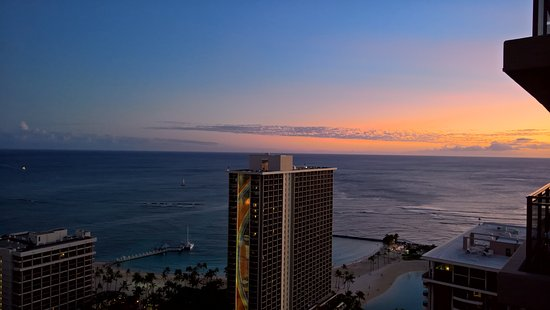Grand Waikikian by Hilton Grand Vacations: View from 36th Floor