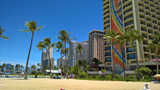 Grand Waikikian by Hilton Grand Vacations: View back to Hilton Village from the Beach