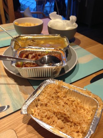 St Ives, UK: Enjoyable hot & tasty food which we ordered and collected.