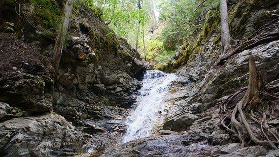 Vernon, Kanada: Ein etwas kleinerer Wasserfall