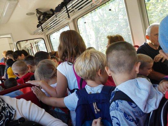 Collalbo, Włochy: Il trenino è preso d'assalto dalle scolaresche