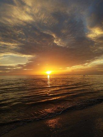 Wyndham Garden Fort Myers Beach: 20170903_193727_large.jpg