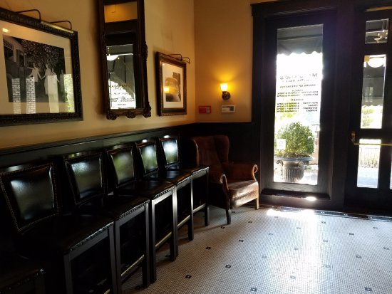 old school italian restaurant decor picture of maggiano 39 s little italy nashville nashville. Black Bedroom Furniture Sets. Home Design Ideas
