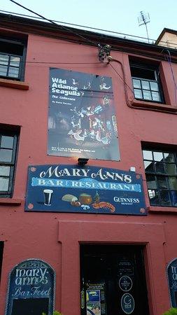 Castletownshend, Irlanda: Maryann's