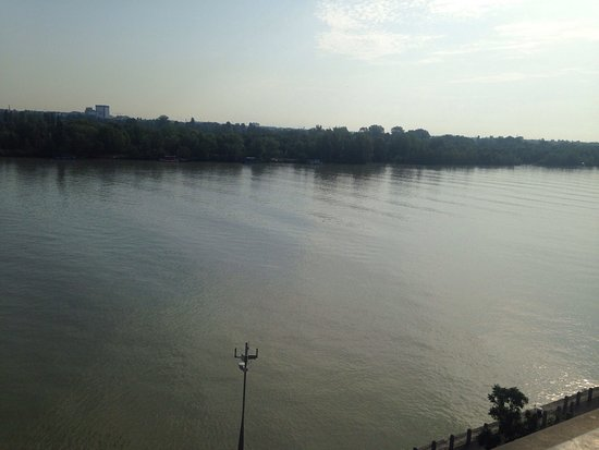 Hilton Vienna Danube Waterfront : photo0.jpg