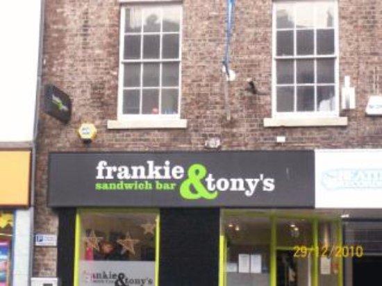 FRANKIE AND TONYS SANDWICH BAR, Newcastle upon Tyne - Restaurant