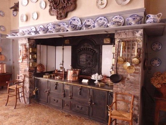 Chateau de Fleury la Foret: La cuisine