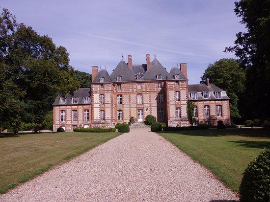 Chateau de Fleury la Foret: Le chateau