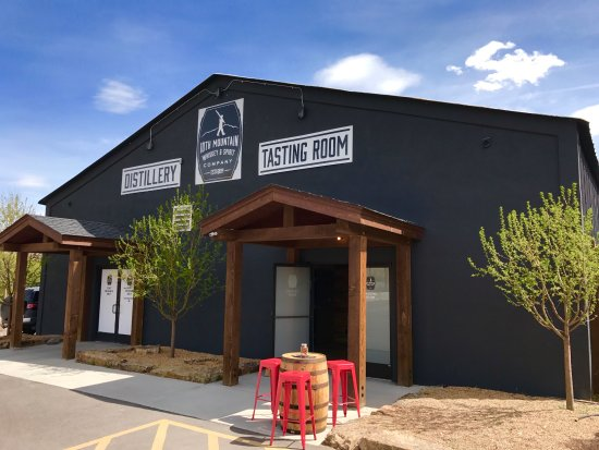 Gypsum, CO: Our Distillery & Tasting Room!