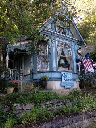 Cliff Cottage Inn - Luxury B&B Suites & Historic Cottages: photo0.jpg