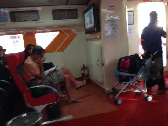 Langkawi Ferry: interno
