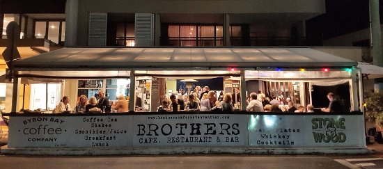 Brothers Cafe, Restaurant & Bar