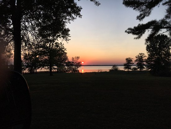 Whittington, IL: Beautiful sunsets on the lake!