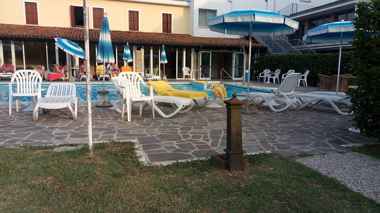Hotel Terme Vena D'Oro: Piscina esterna