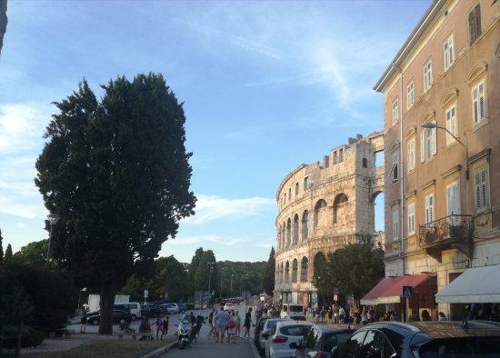Zdjęcie Amfiteatar Hotel