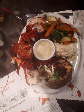 Riverside Albert, Canadá: Le plat de homard et ses accompagnements