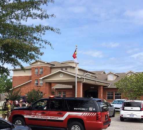 Fort Bragg, Северная Каролина: Why did fire trucks show up at the Inn?
