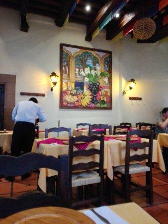 Restaurante Dona Paca: Interior del lugar