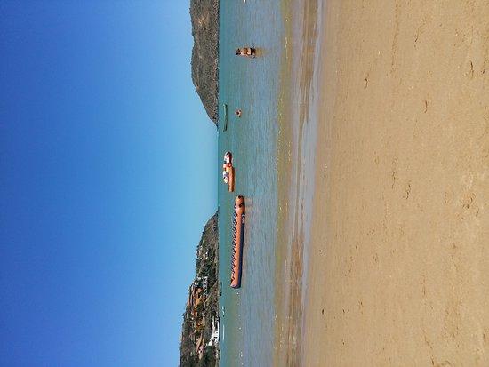 Ferradura Beach: 20170909_123255_large.jpg