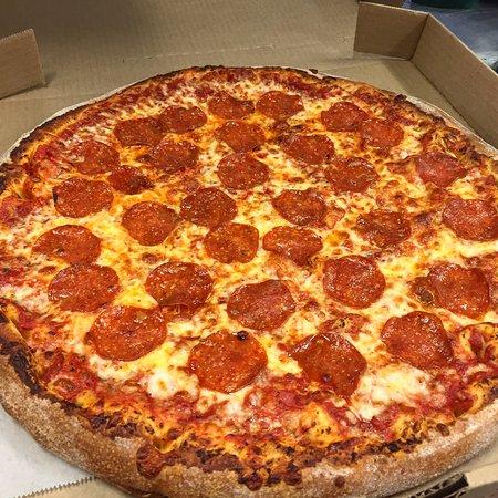 Niskayuna, NY: Classic Pepperoni Pizza