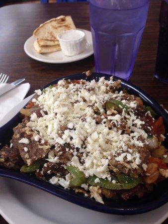 Melita's Greek Cafe and Market: Gyros skillet breakfast at Melita's