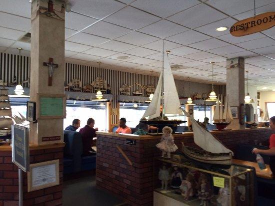 Navigator Restaurant: Sailing theme