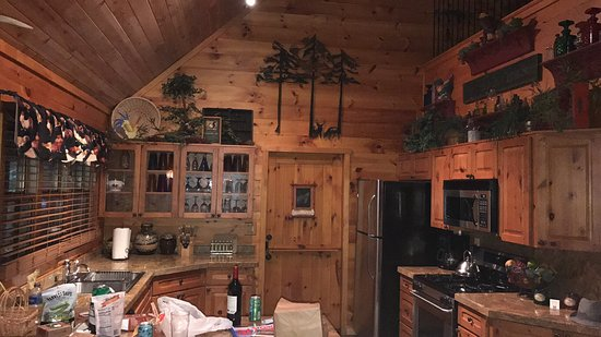 The Cabins at Country Road: photo7.jpg