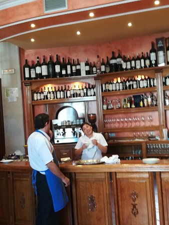 Roa, Spain: restaurante_Nazareno_large.jpg