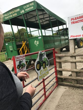 Bolton, UK: tractor ride